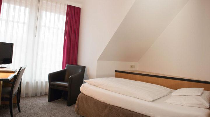 Hotel Schere betteinzel